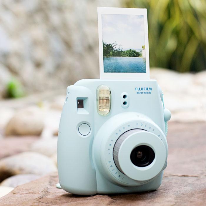 Фотоаппарат моментальной печати Fujifilm Instax Mini 8.