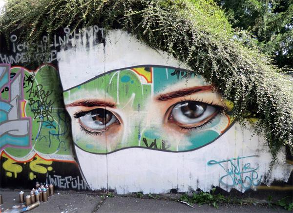 Уличная инсталляция от Just Cobe. Фрайбург, Германия.