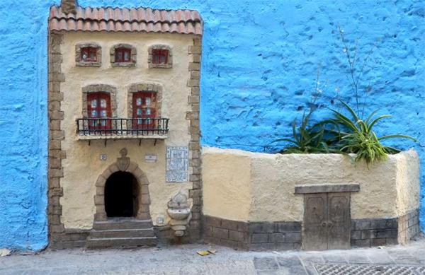 Стрит-арт в Валенсии, Испания.