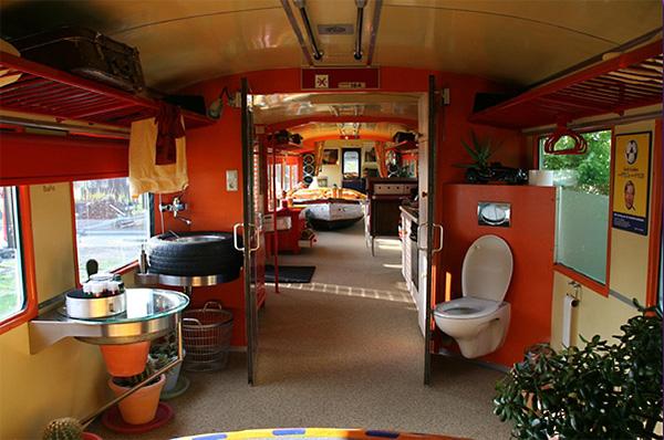 Трамвай-отель недалеко от Амстердама, Недерланды