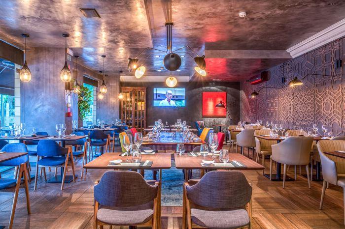Ресторан японской кухни в Лиссабоне. Концепция интерьера - уютная гостиная европейца, увлеченного японской культурой.