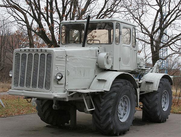 Трактор «Кировец» К-700