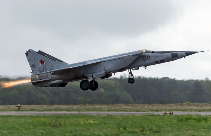 Самый быстрый в мире самолёт МиГ-25.
