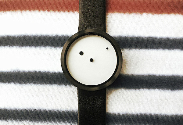 Итальянские дизайнерские часы Nava Design