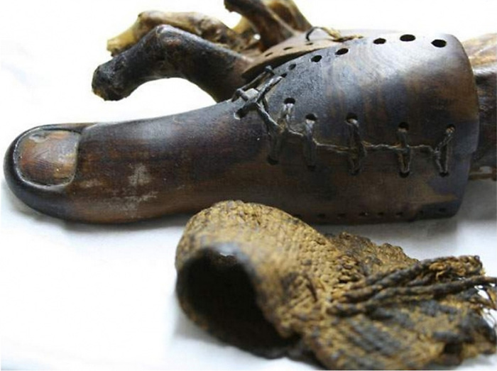 Самый древний в мире протез из Древнего Египта