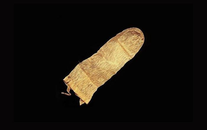 Самый древний в мире презерватив