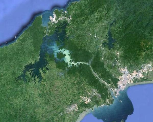 Панамский канал. Координаты 9.08000001,-79.68000001