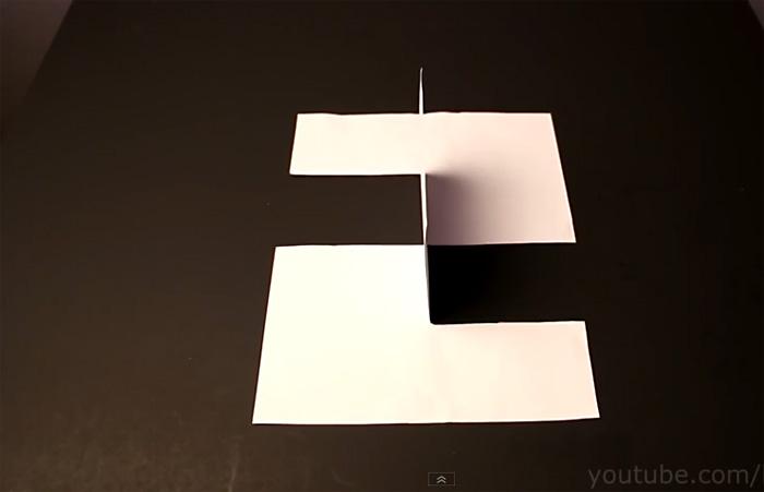 Видео-инструкция: Простейшая несуществующая фигура из листа бумаги