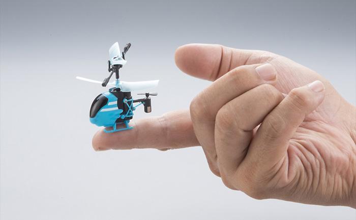 Самый маленький в мире вертолет с дистанционным управлением