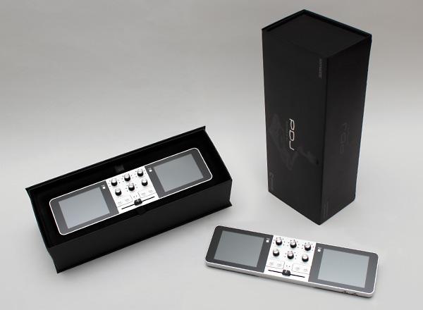 Заявленная цена Portable DJ для России составляет 19990 рублей