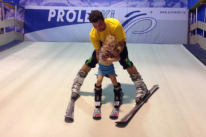 Горнолыжный тренажер PROLESKI идеале для обучения детей.