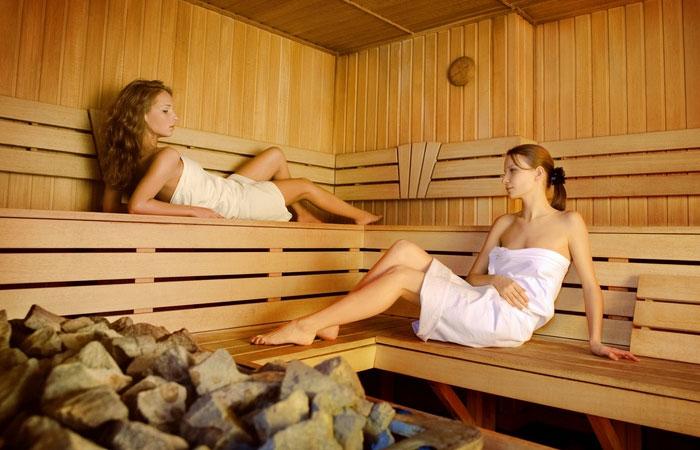 В русской бане вместе с потом выходят токсины и другие вредные вещества.