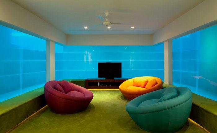 Комната под бассейном стоимостью 1 млн. долларов.