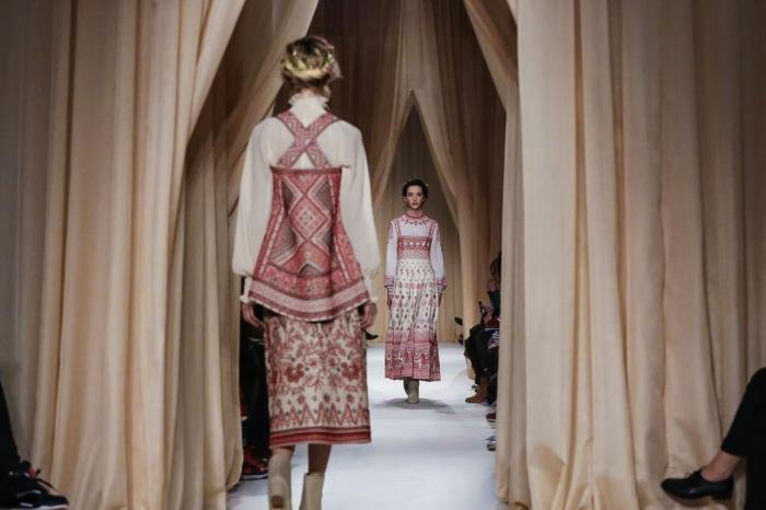 Новая коллекция от Valentino весна-лето 2015