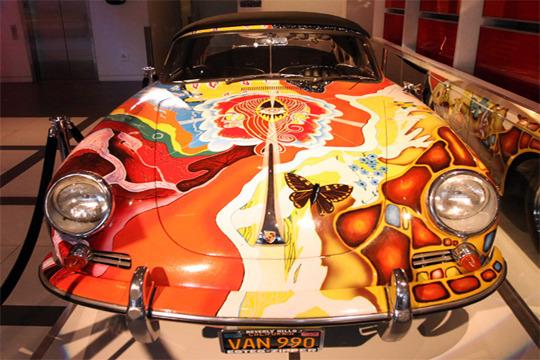 Уникальный иллюстрированный Porsche Дженис Джоплин