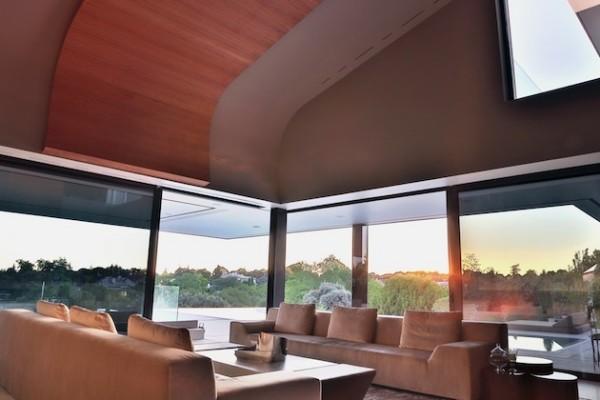 Balcony House: элегантная интерпретация здания Disney Concert Hall