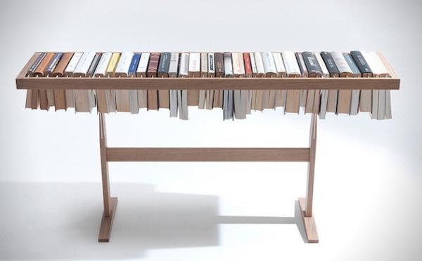 Booken – стол-вешалка для книг от Lema