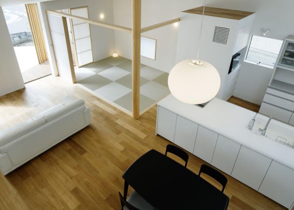House H – криволинейный минималистский дом в Нагое (Япония)