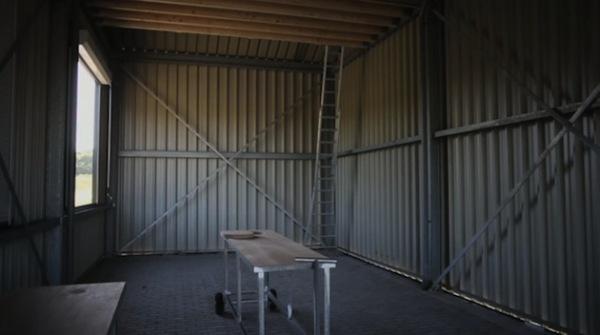 Little Dutch Factory: маленькая голландская фабрика из гофрированной стали