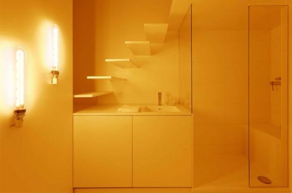 Интерьер квартиры Parisian Studio Apartment от Betillon/Dorval-Bory