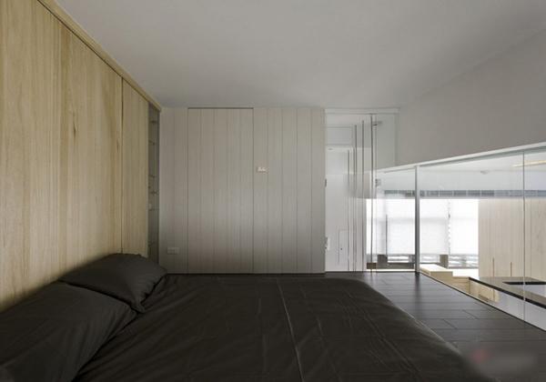 Рациональный черно-белый интерьер от японских архитекторов