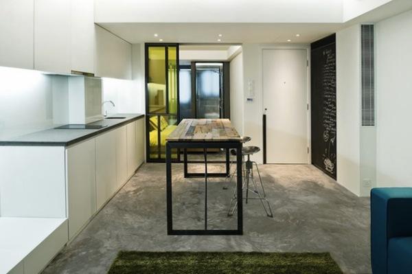 Небольшая креативная квартира в Гонконге