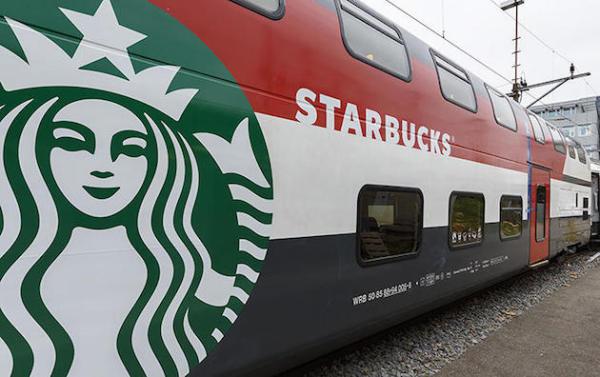 Мобильная кофейня Starbucks на швейцарской железной дороге