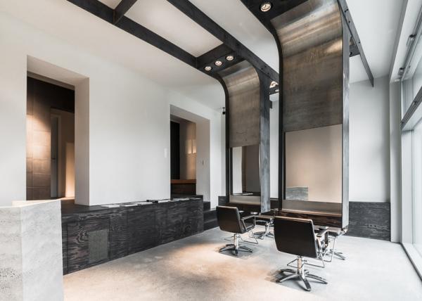 Viktor Leske International: индустриальный интерьер нового салона красоты в Берлине