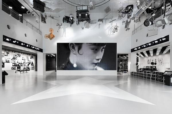Креативные интерьеры нового музея Shanghai Film Museum в Китае