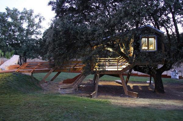 Casa en el Arbol Enraizada – дом на дереве от Urbanarbolismo