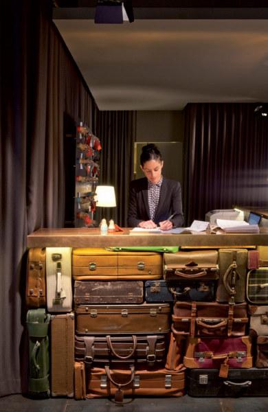 Chic and Basic Ramblas Hotel – испанский отель в стиле 60-х