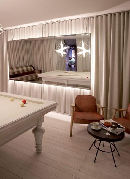 Chic & Basic Ramblas Hotel – испанский отель в стиле 60-х