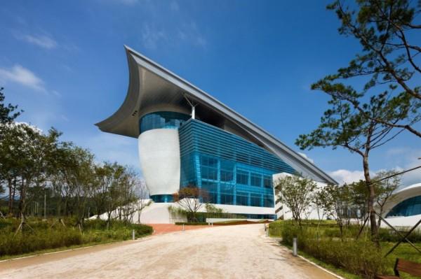 Gyeongju Arts Center - новое здание центра современного искусства в Кенсан-Пукто