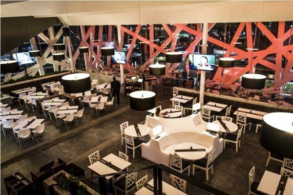Koi Sushi Lounge: необычный ресторан японской кухни в Мексике