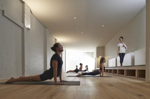 One Hot Yoga: арт-дизайн студии хатха-йоги в Мельбурне