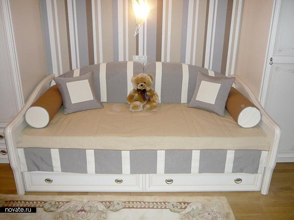 Оформление детской, продуманное до мелочей. Чехлы, подушки, шторы, цвета и оттенки. © Артис