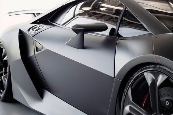 Lamborghini Sesto Elemento сделан из карбона