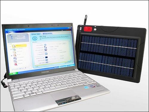 Переносное зарядное устройство на солнечных батареях.