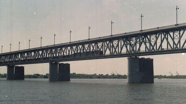 Двухэтажный мост в Хабаровске.