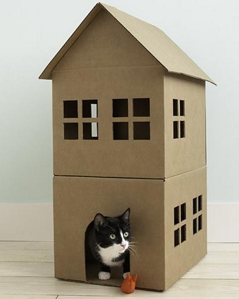 Кошкин дом из картона.