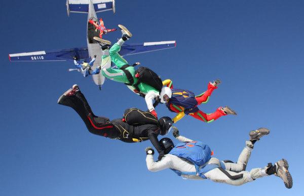 Прыжки парашютистов-инвалидов. Июль, 2012. Киржач.