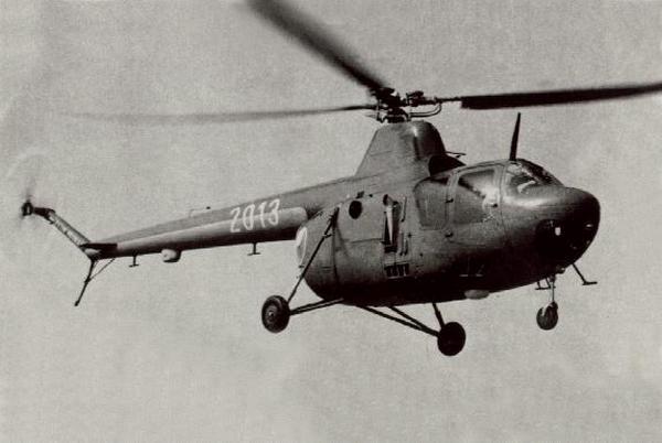 Первый советский военный вертолёт.