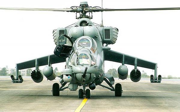 Транспортно-боевой вертолёт Ми-24.
