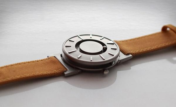 Наручные часы Bradley как стартап на Kickstarter