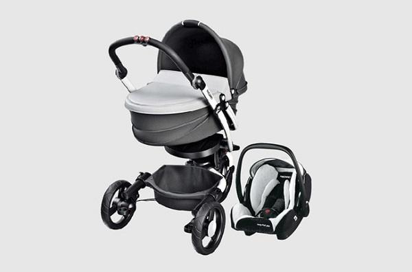 Recaro BabyZen - коляска с фонариком