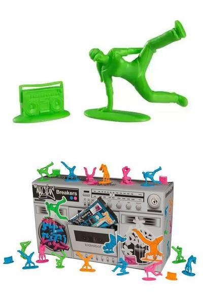 All City Breakers – дизайнерская версия игрушечных солдатиков, вернувшихся к мирной жизни