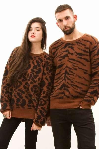 Теплые дизайнерские свитера для пар от Chloe Sevigny
