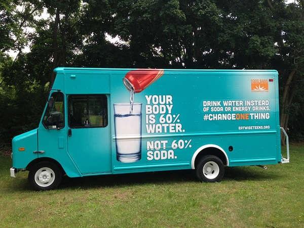 Change One Thing Truck – мобильный тематический магазин, призывающий школьников питаться правильно