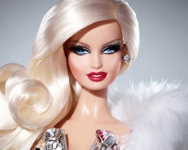Странный учебный предмет The Unbearable Whiteness Of Barbie