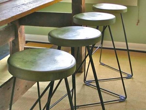 Бетонные барные стулья от Greta de Parry